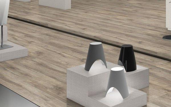 Parchet EGGER PRO Design Stejar Rustic Gri EPD014-7