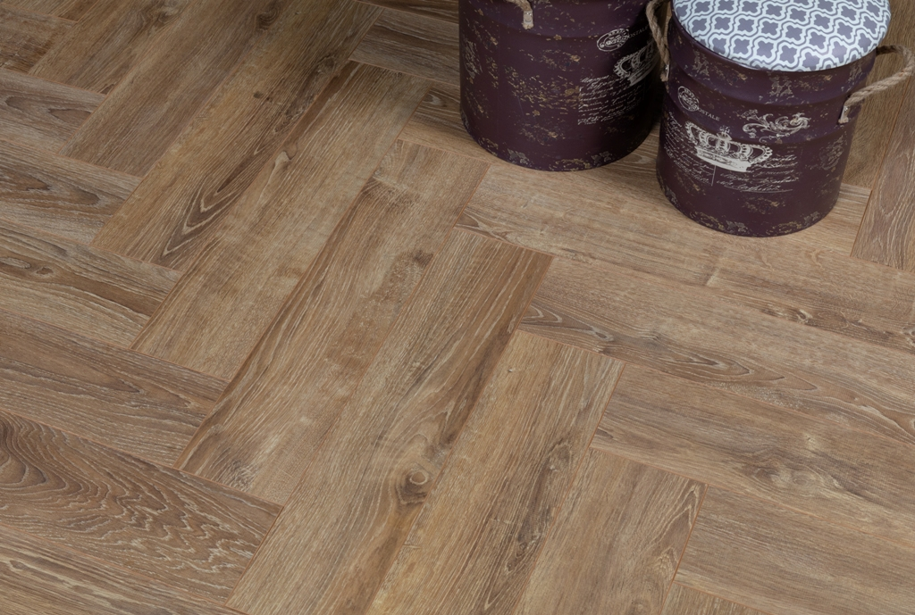 Parchet laminat Alsapan Herringbone 622 Balearic Oak imagine