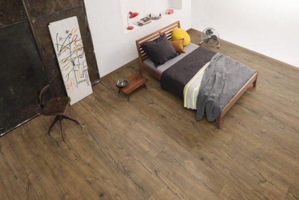 Parchet EGGER PRO Design Stejar Herriard Închis EPD026-3