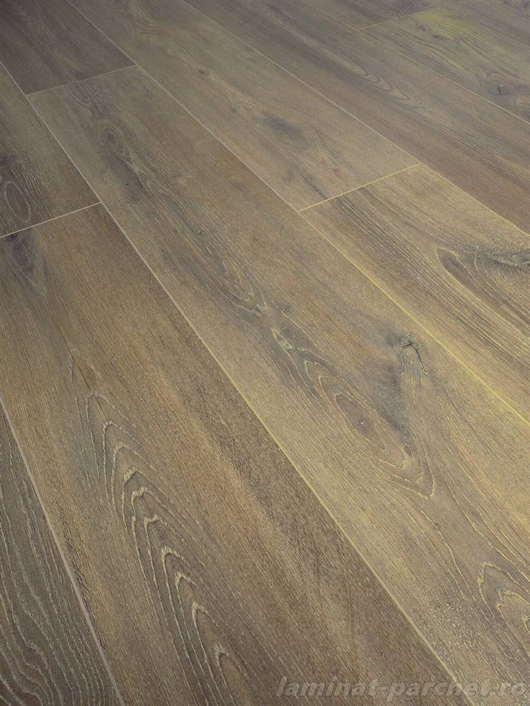 Parchet laminat rezistent la apa Swiss Krono Grand Selection Evolution D 4516 Bronze Oak