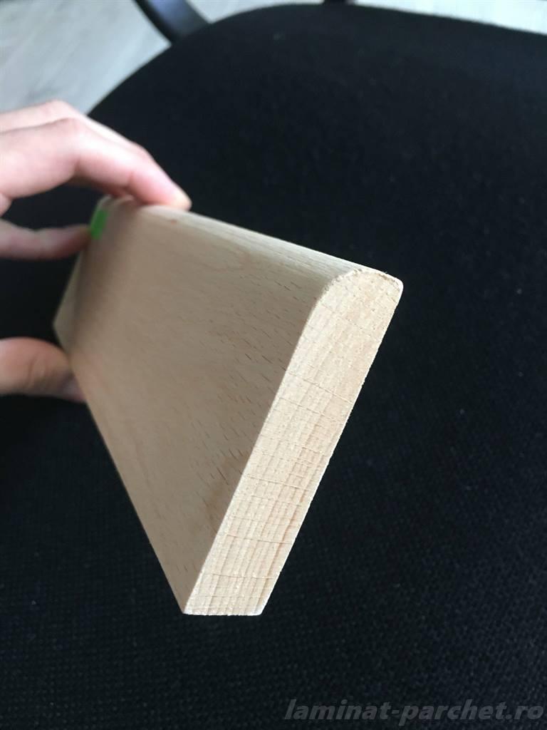 Plinta inalta din lemn de fag poza noua
