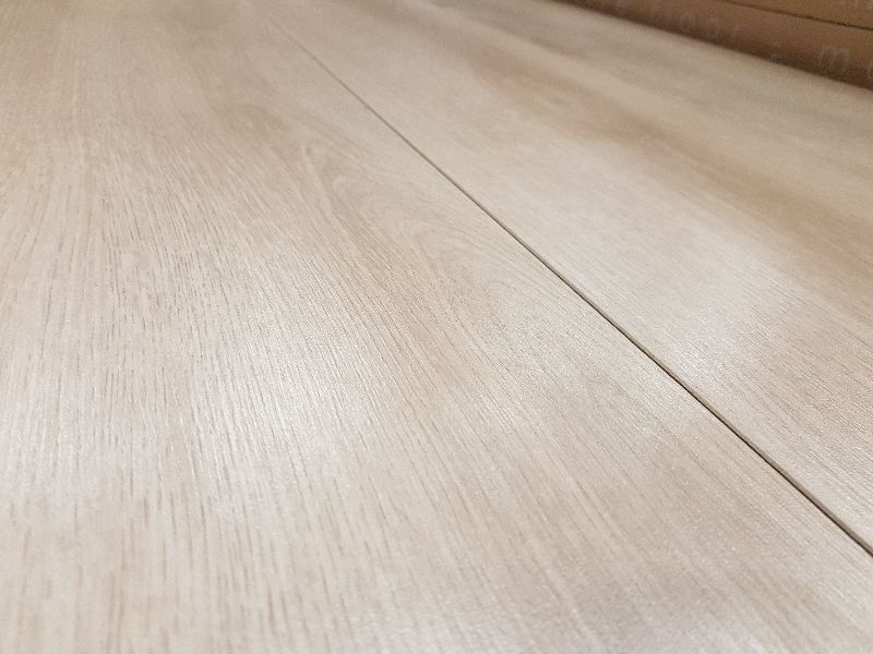 Parchet laminat Kronotex Progress Stejar Bej Summer 3902 poza noua 2021