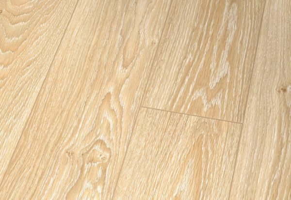 Parchet laminat super lucios Falquon Wood Germania Oak Auxerre D3687 3