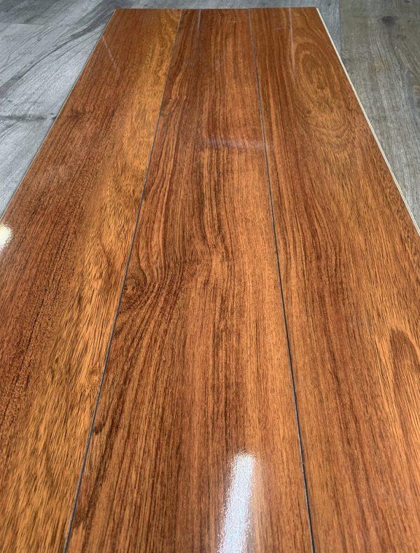 Parchet laminat super lucios Falquon Wood Germania Plateau Merbau D2916 5