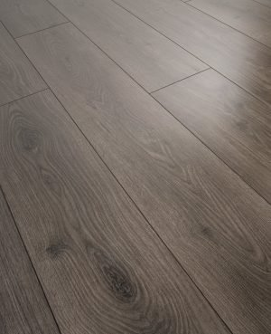 Parchet laminat lucios Swiss Krono Noblesse Brilliant D 4933 Natural Oak Coal