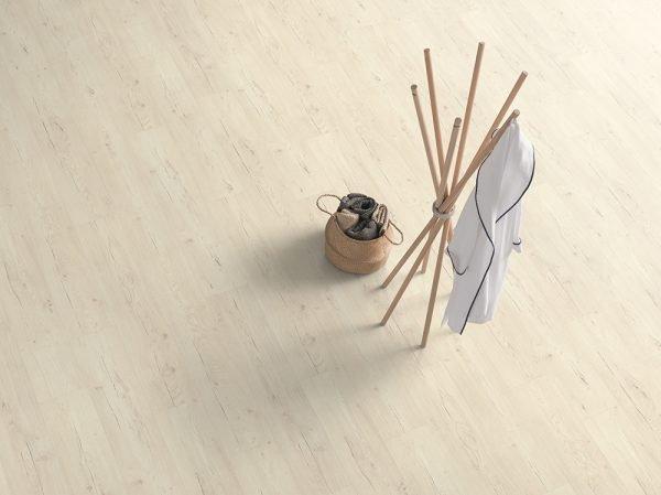 Parchet Egger Pro Design GreenTec cu izolatie fonica EPD006N Stejar Preston alb